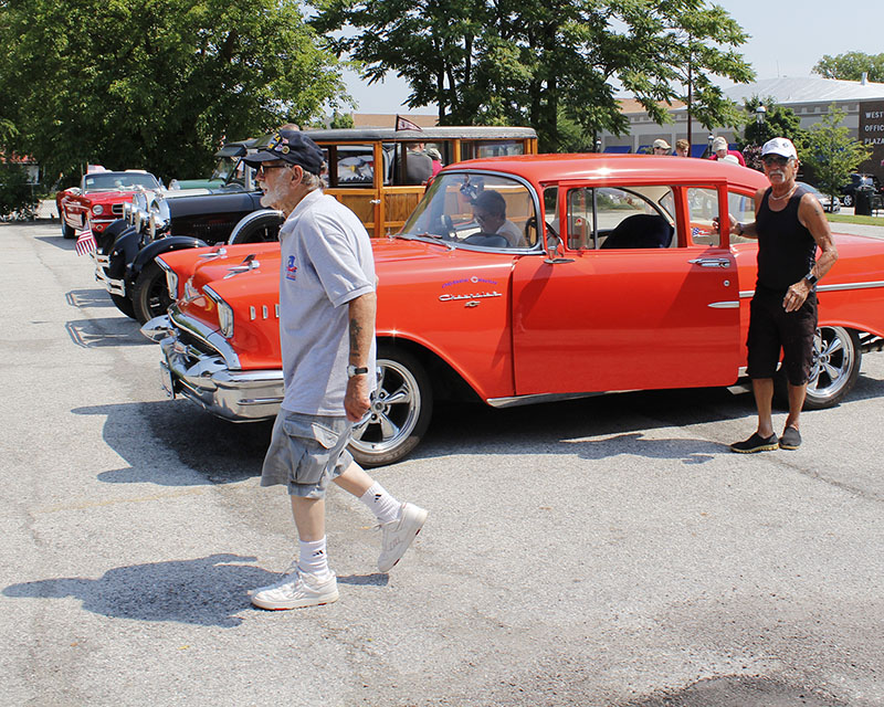 Drivin' the Dixie always attracts motorists with restored vintage cars. (Chronicle 2018 file photo)