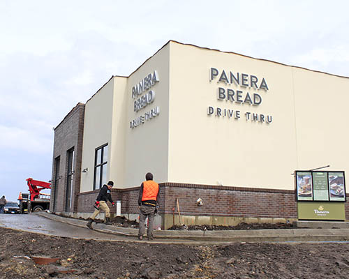 A new Panera bakery at Halsted and 175th streets with drive-through lane is expected to open in coming days. (Eric Crump/H-F Chronicle)