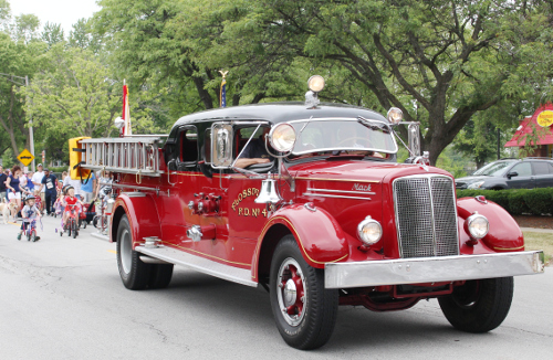 Flossmoor fire truck renovation takes center stage on TV