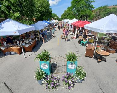 Looking west at the Artisan Street Fair from Dixie Highway. (EC)