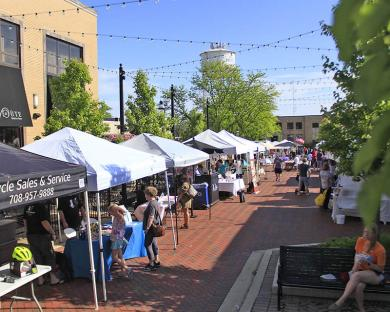The weather cooperates as the Homewood Farmers Market's summer opening gets under way.