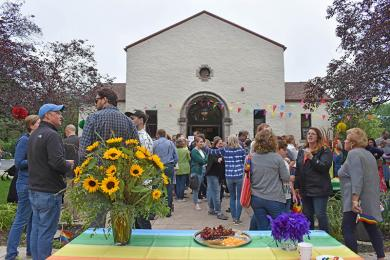 Hundreds of community members came out to the second annual Pride event at Flossmoor Community House.