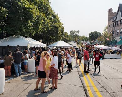 Flossmoor Fest brought filled Sterling Avenue with residents and guests on a warm, sunny day. (EC)