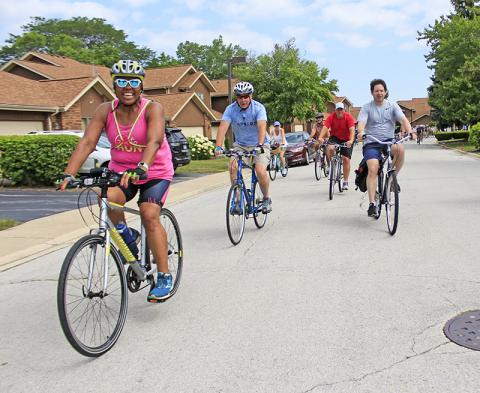 After leaving Flossmoor Road, the route goes through the Baythorne neighborhood.